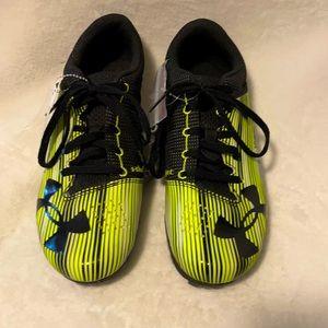 🆕 Under Armour Track Shoes Sz. 9M